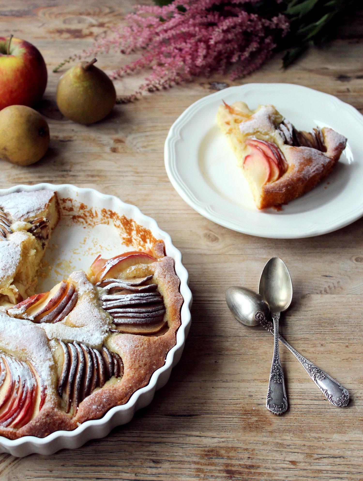 Gateau Au Yaourt A L Amande Aux Pommes Et Aux Poires Sota Salt